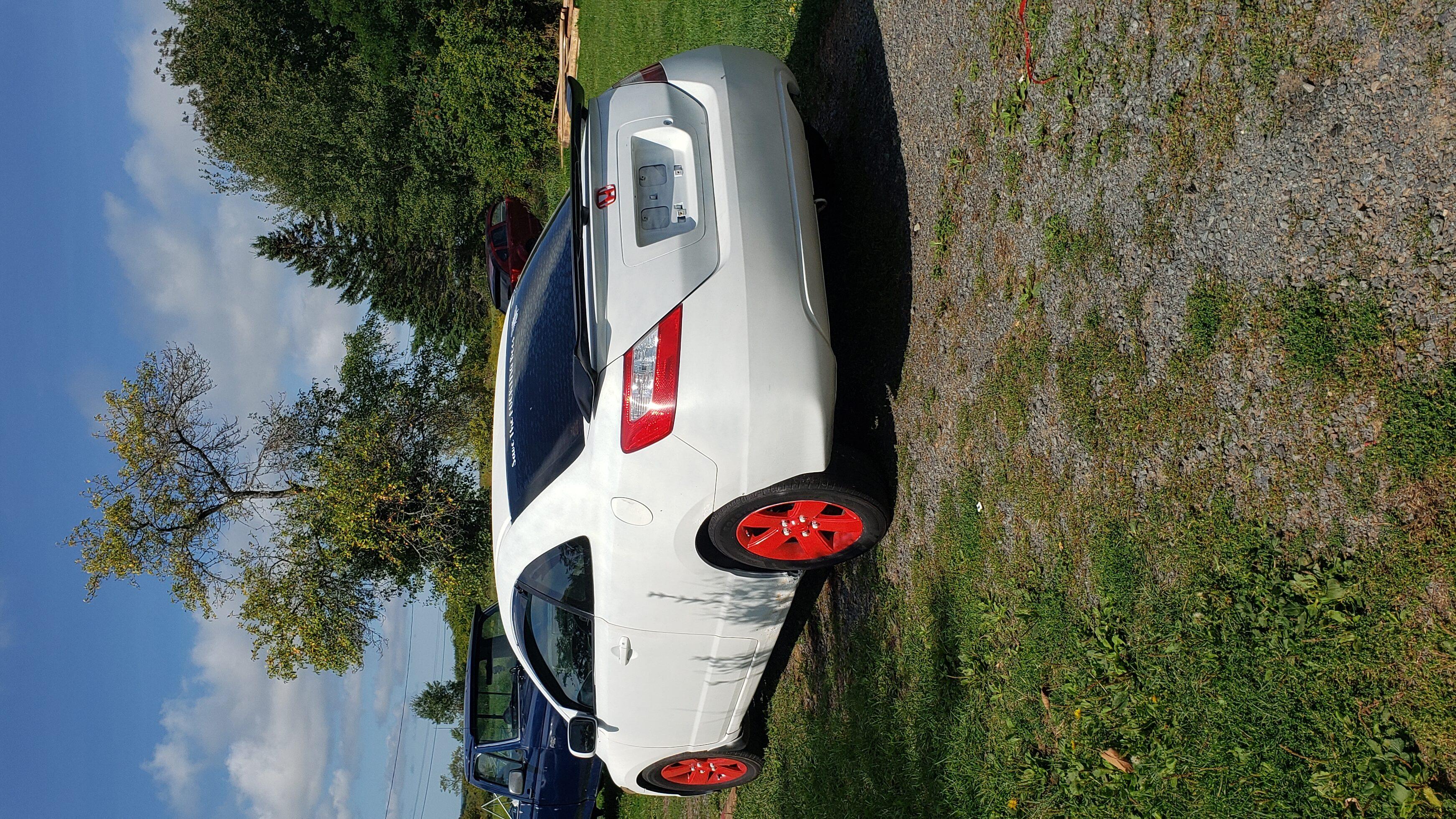 2006 White Honda Civic paint job/ complete make over