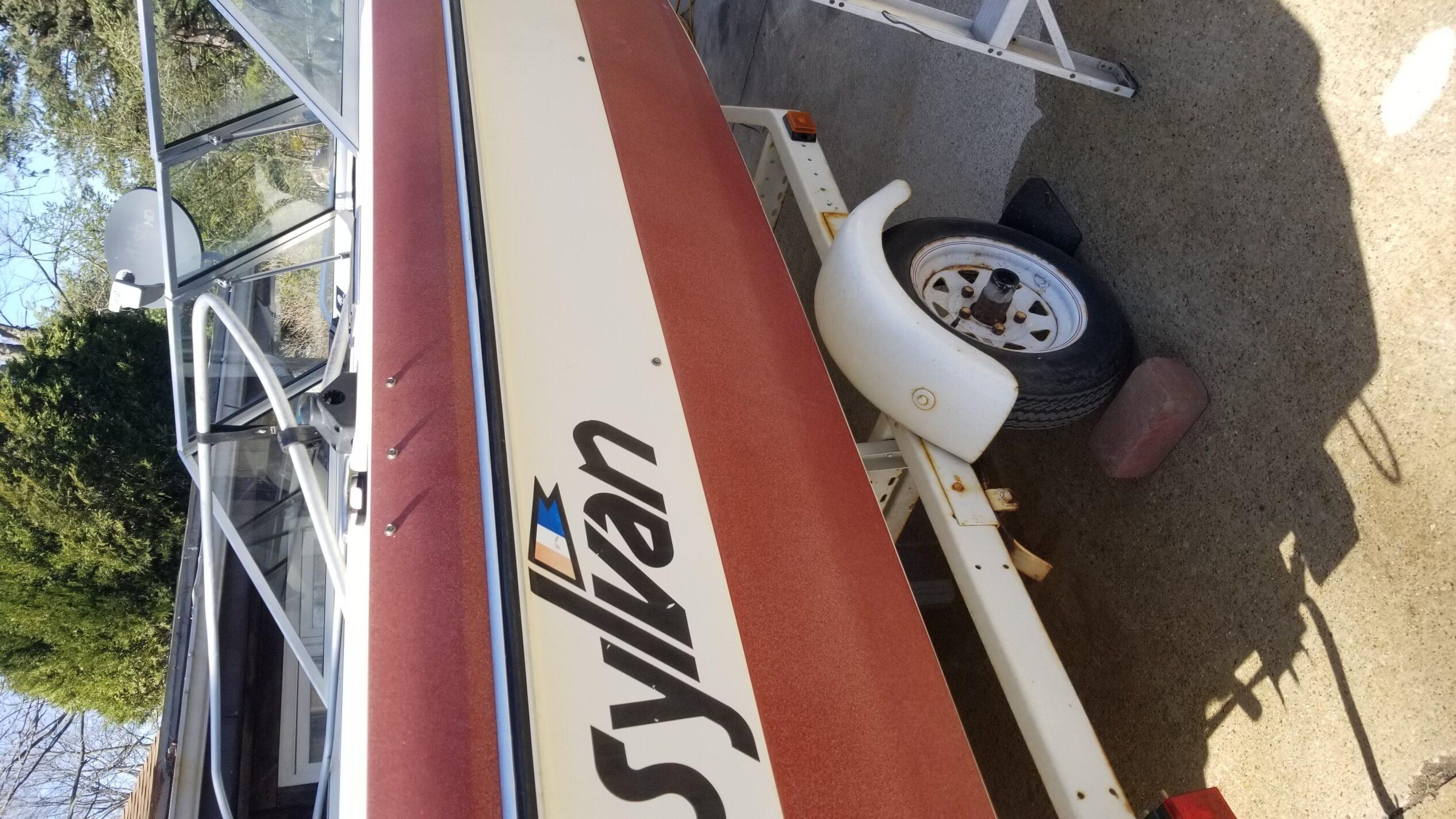 1983 Sylvan runabout boat